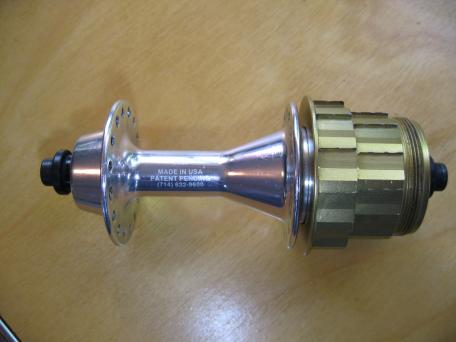 Winners roller-clutch hub